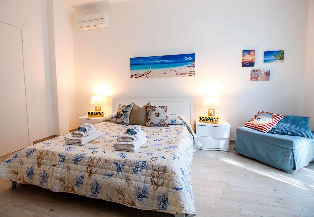 Wohnung Ancora in Marina di Grosseto - Das helle Schlafzimmer