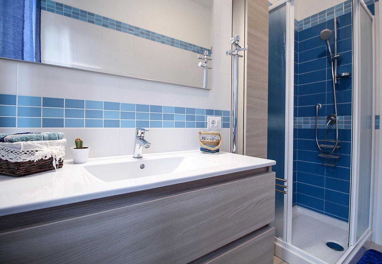 Marina di Grosseto - Wohnung Il Timone - Das Badezimmer im Erdgeschoss