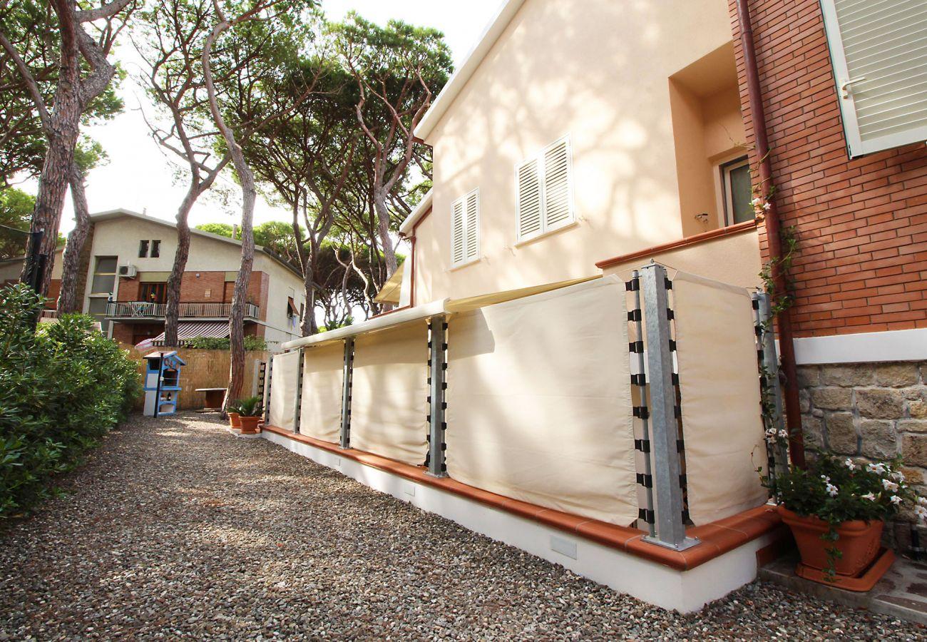 Marina di Grosseto - Wohnung L'Oblò - Die Terrasse und der Grill