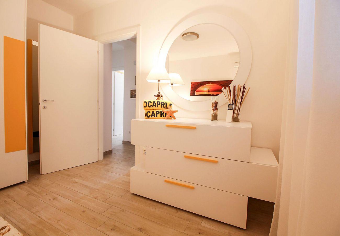 Marina di Grosseto - Wohnung L'Oblò - Das Schlafzimmer mit Doppelbett
