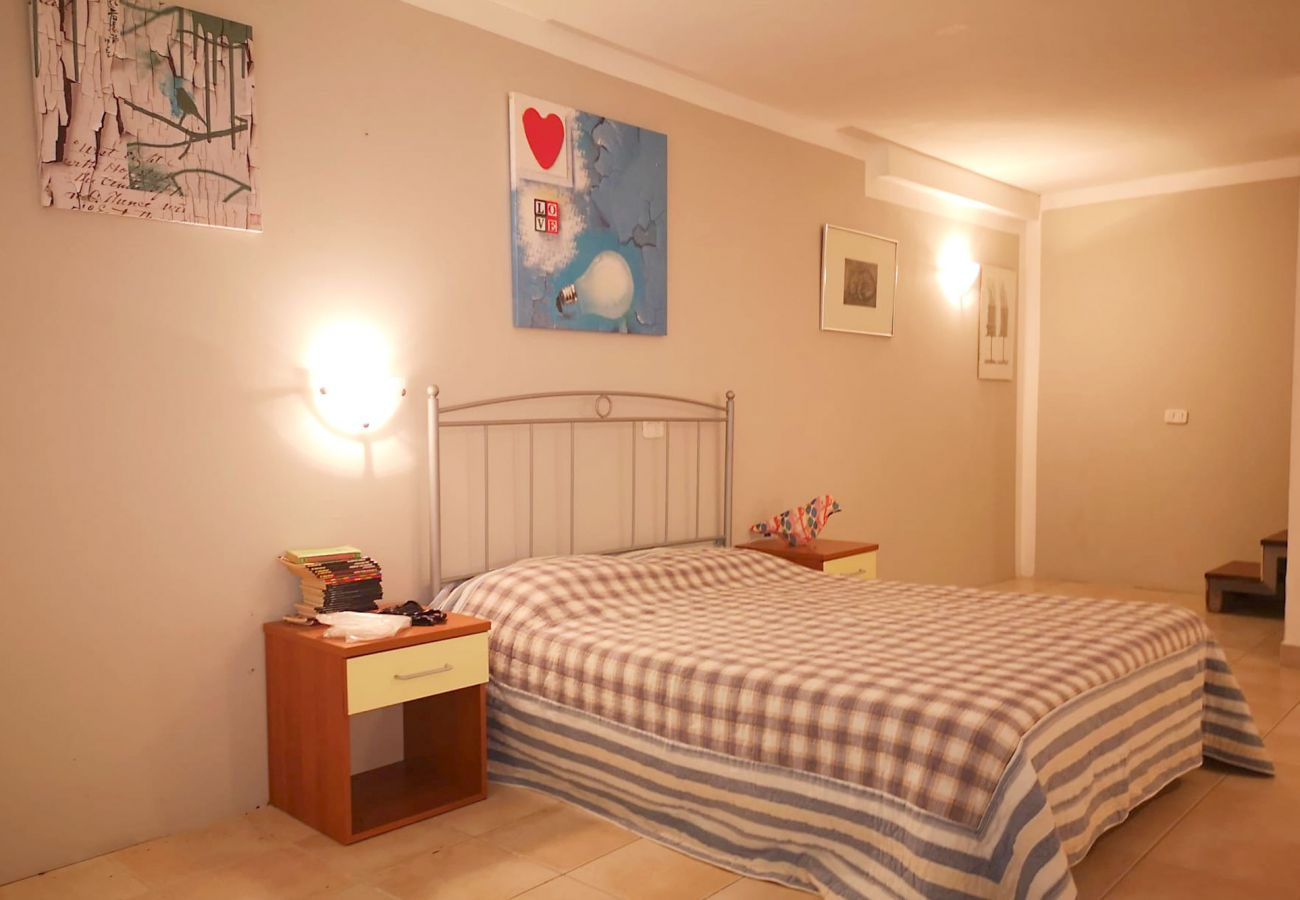 Principina Mare - Wohnung Bruno - Farbe und Wärme