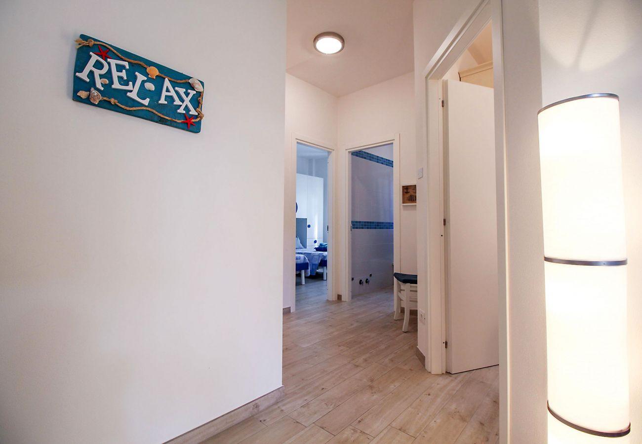 Marina di Grosseto-Il Timone Apartment-La zone de couchage au rez-de-chaussée