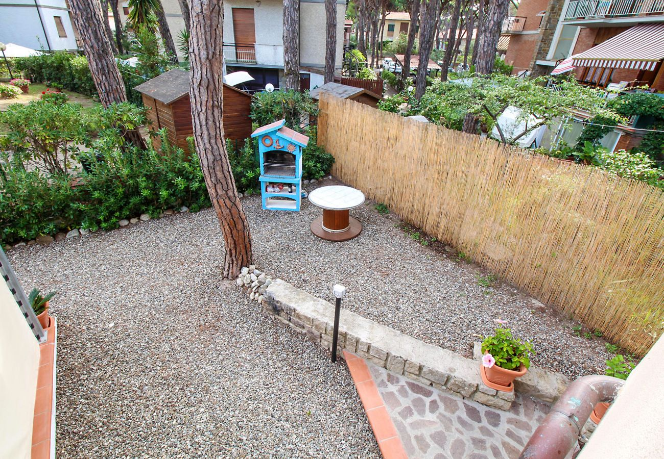 Marina di Grosseto - Residence Il Faro - Le barbecue pour les hôtes