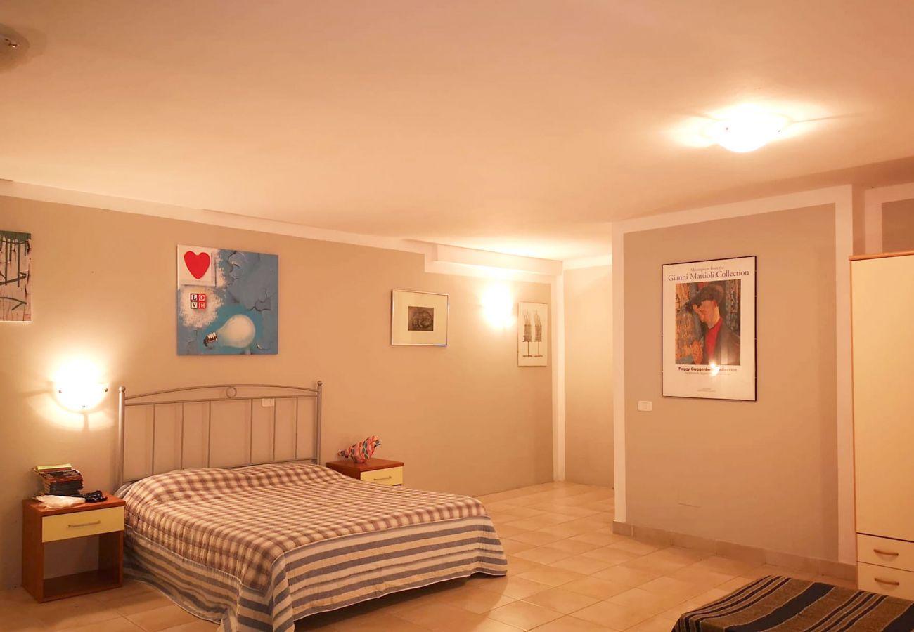 Principina Mare - Appartement Bruno - Vue de l'étage inférieur