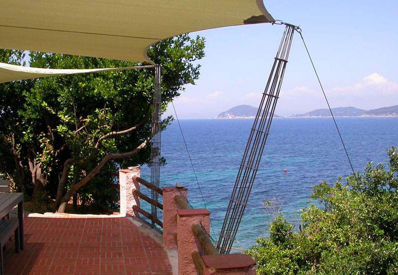 Villa a Marciana Marina - Casa Rosa di Redinoce
