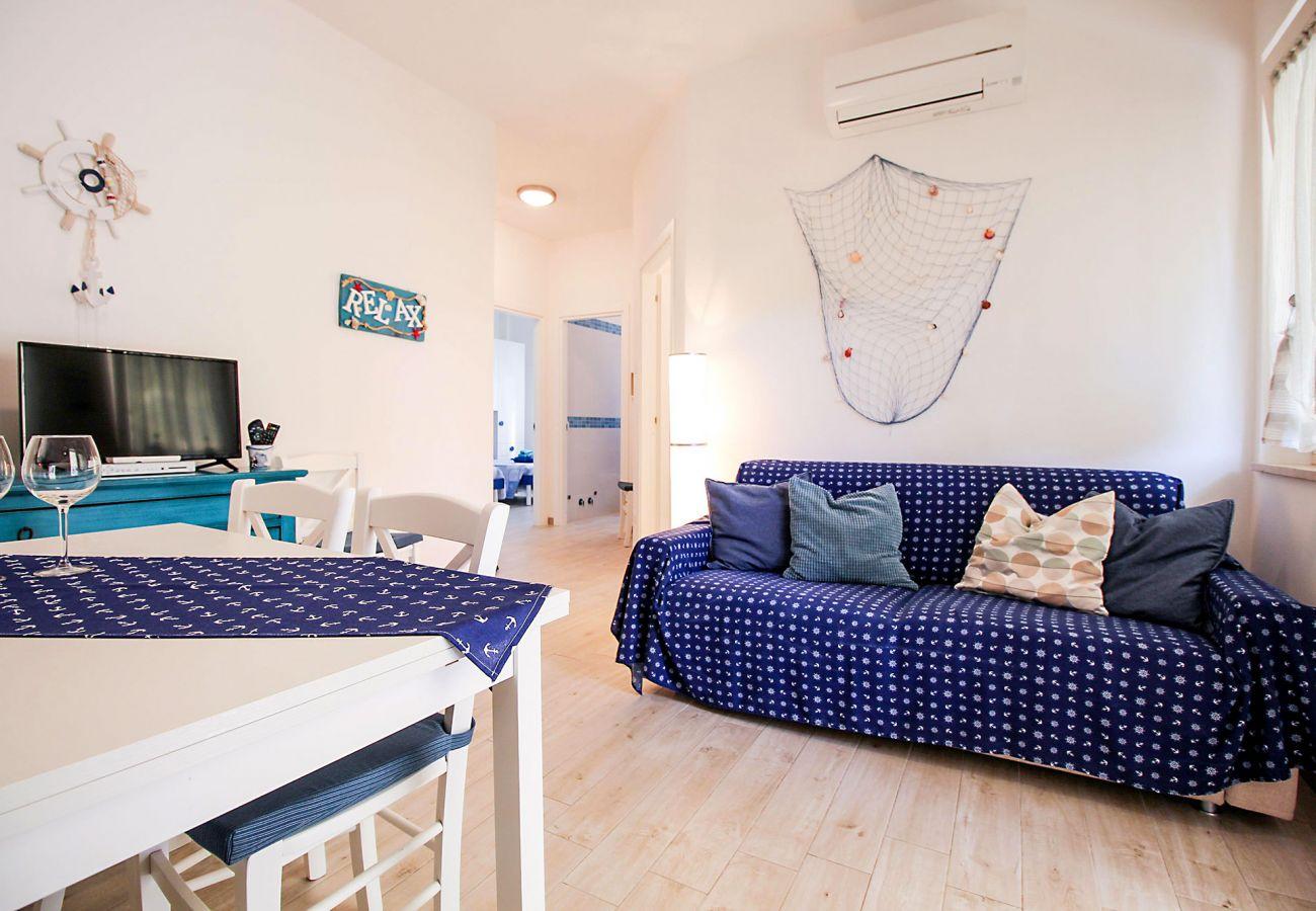Marina di Grosseto-Appartamento Il Timone-Il divano letto matrimoniale