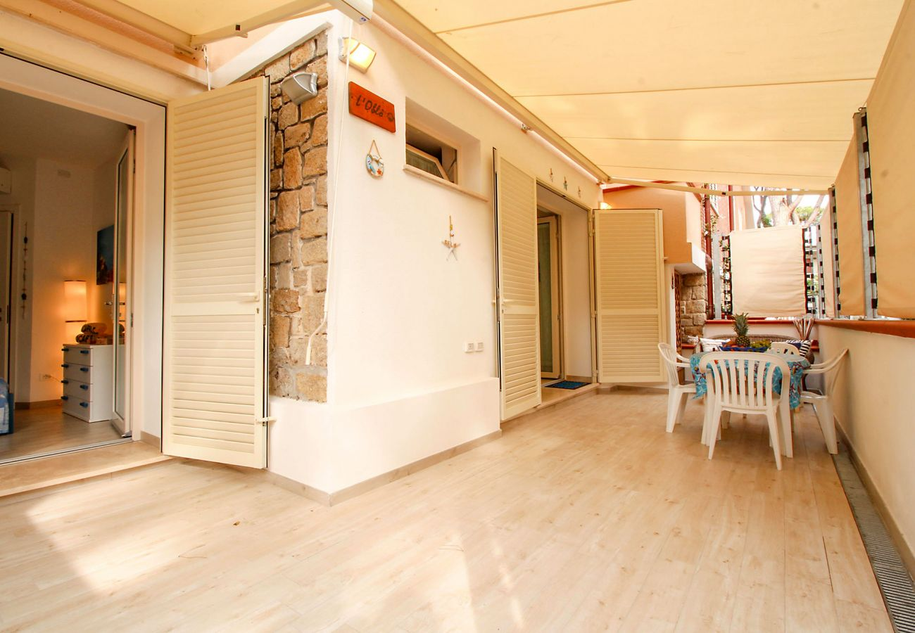 Marina di Grosseto - Appartamento L'Oblò - La comoda terrazza