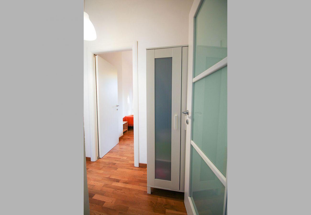 Marina di Grosseto-Appartamento Lavanda- L'accesso alle camere
