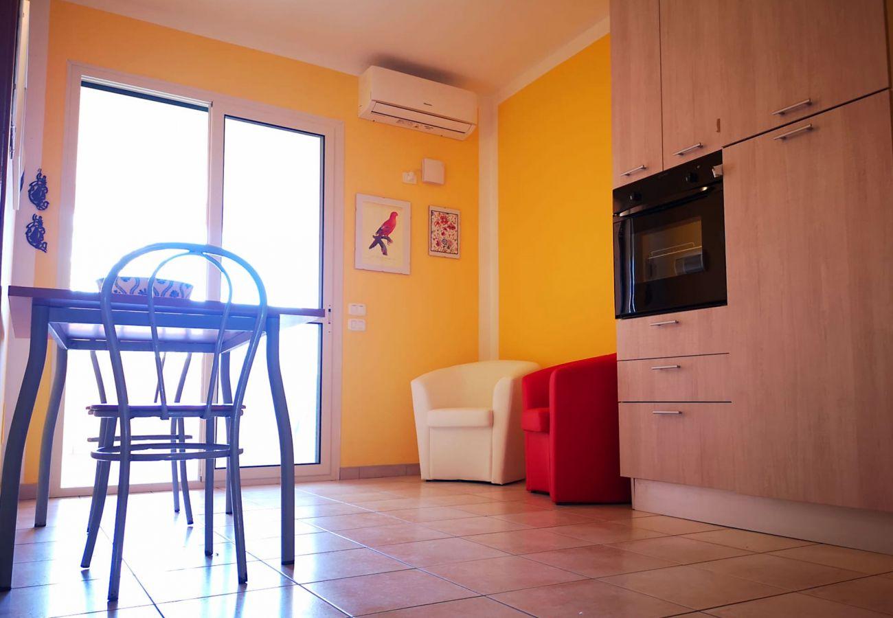 Principina mare - Appartamento vacanze Bruno - Il soggiorno luminoso