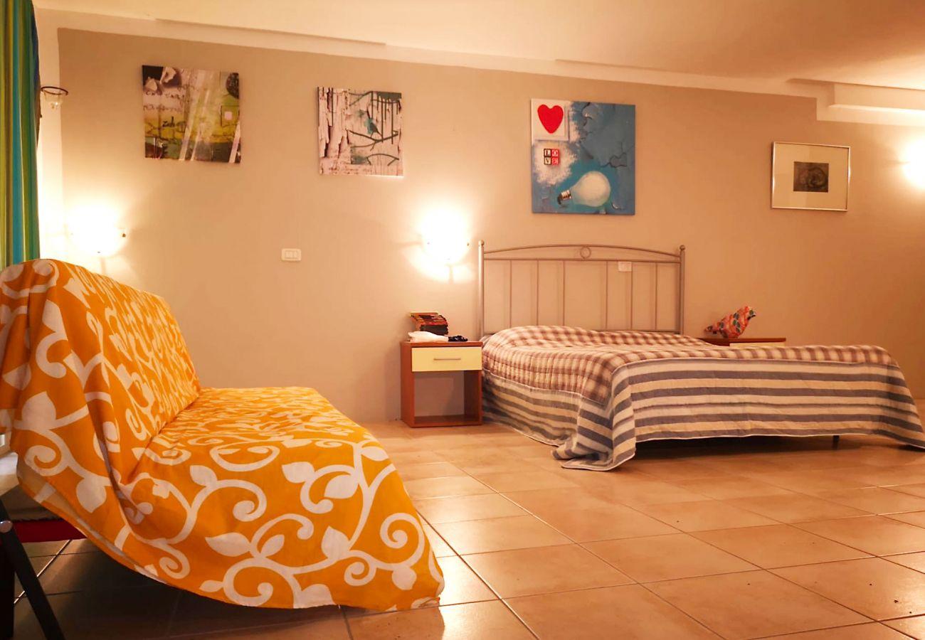 Principina Mare - Appartamento Bruno - La seconda camera da letto
