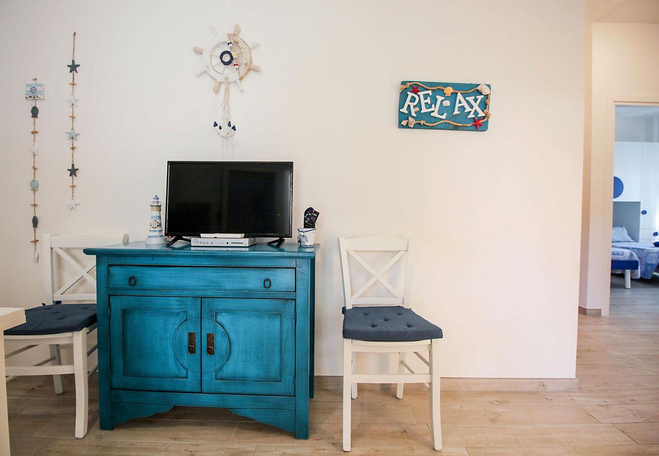 Marina di Grosseto - Il Timone Apartment - Sophisticated decorations