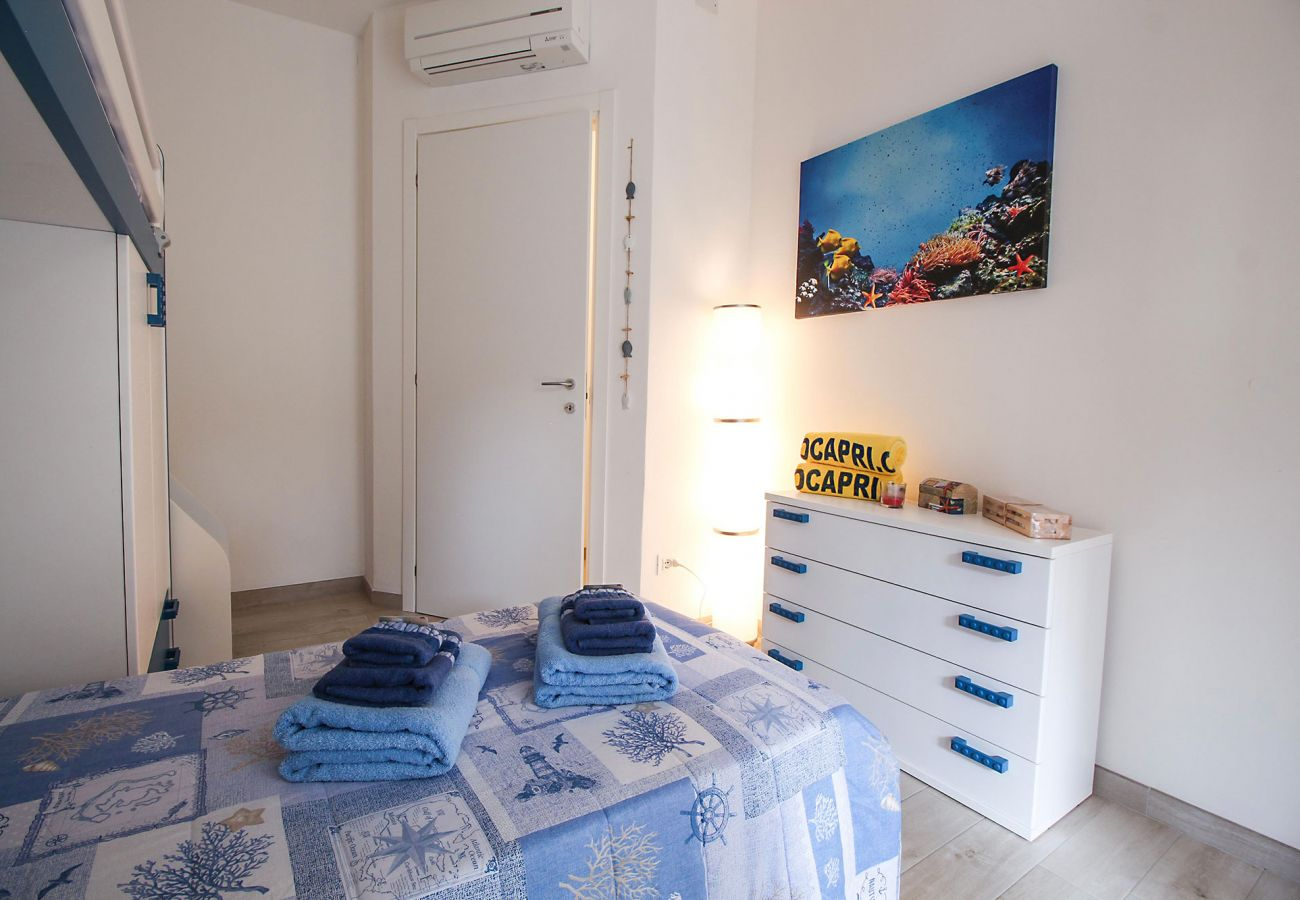 Marina di Grosseto - L'Oblò Apartment - The colorful children's room