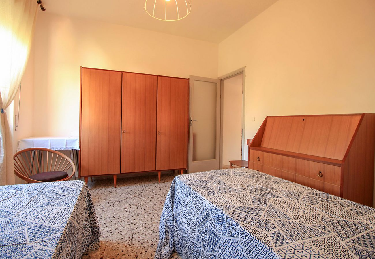 Castiglione della Pescaia-Anna Apartment-One of the three bedrooms