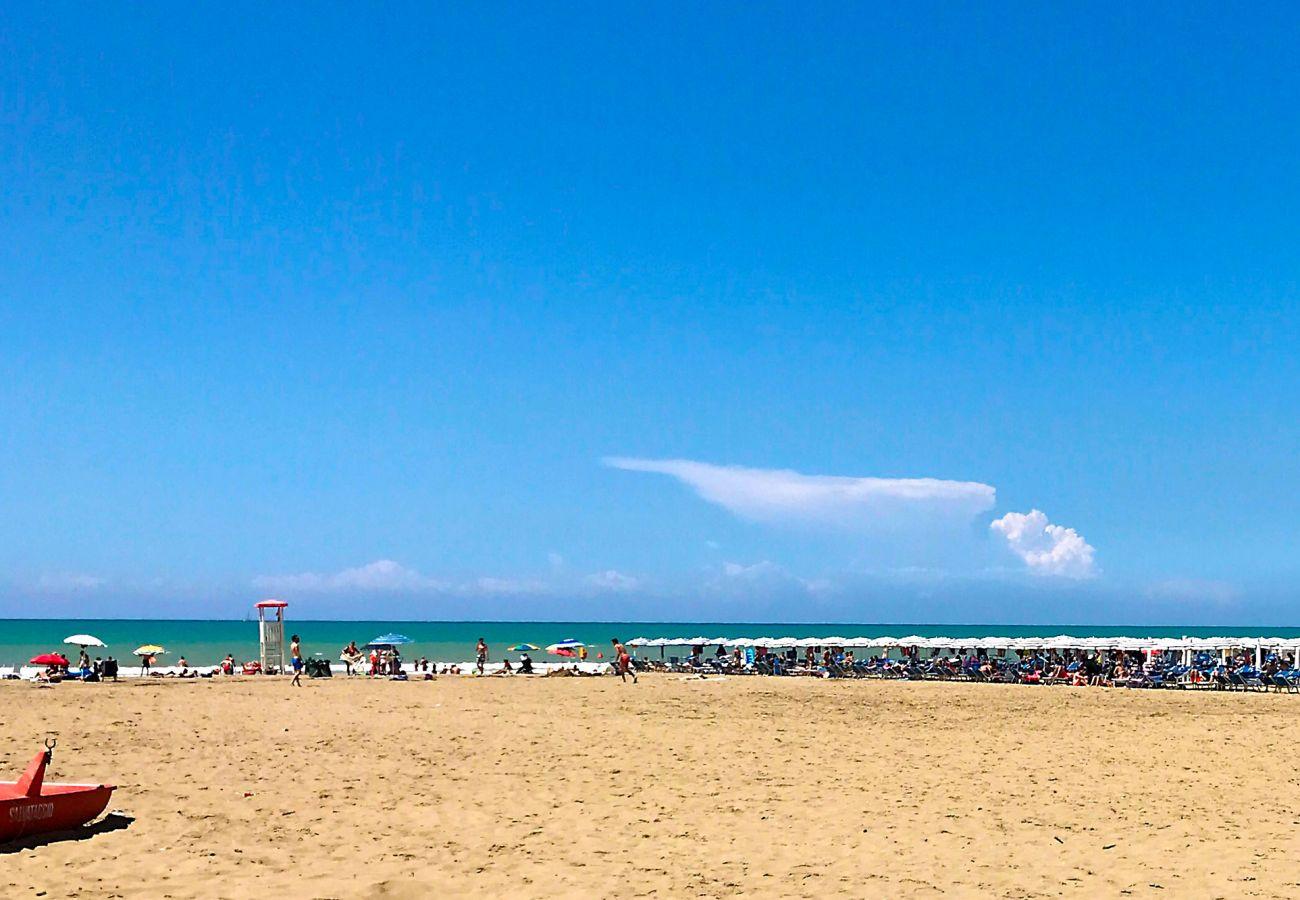 Principina Mare - Bruno Apartment - Golden beaches