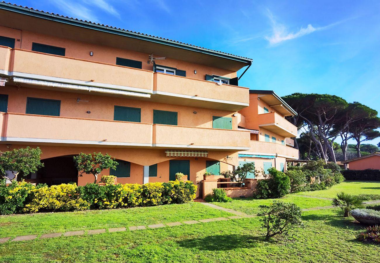 Giannella - Il Germoglio Apartment - View from the beach